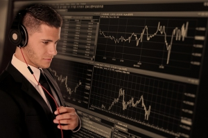 trade 2328525 640 300x200 - Call center reporting- how can it benefit my company?